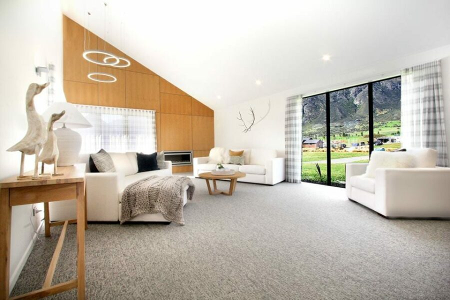 CARPET FLOORS ARE HEALTHY AND WARM IN WINTER