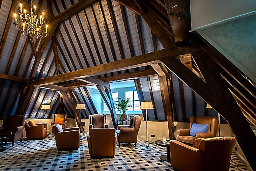"""""""CHIC AND CONTEMPORARY"""" EGE FLOORING FOR LANDMARK DUTCH HOTEL"""